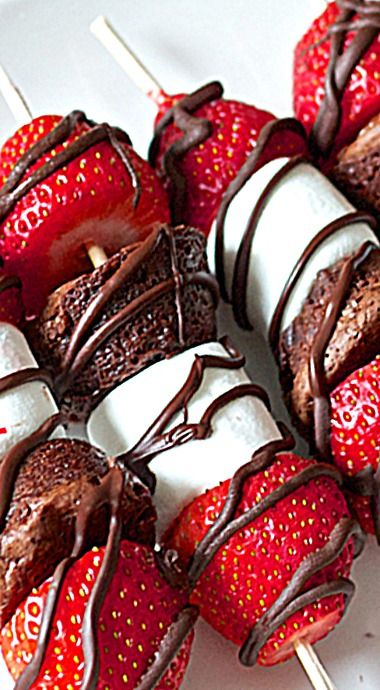 Strawberry, Brownie and Marshmallow Kabobs ❊