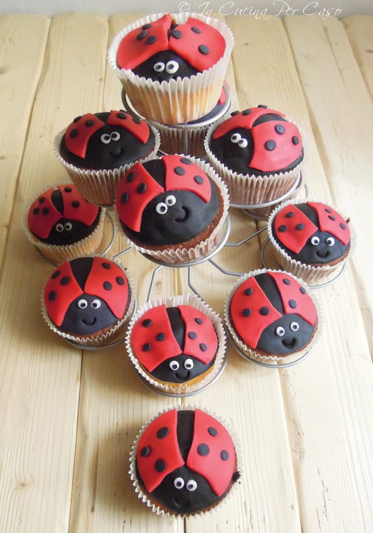 ladybird cupcakes, will do for S bday