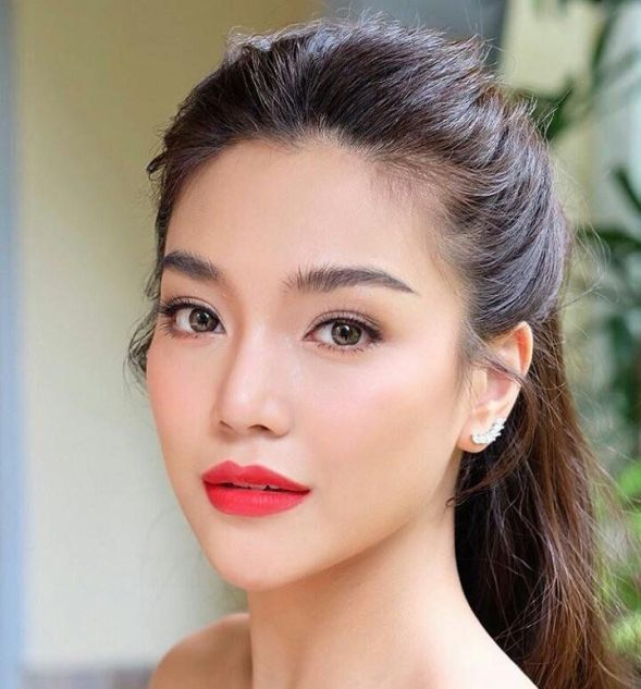 Pin On Bridal Make Up In 2020 Asian Beauty Girl Beauty Girl Asian Beauty
