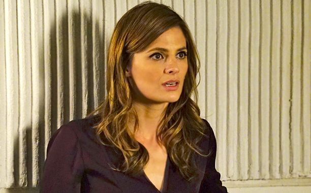 Castle: Will Stana Katic's Beckett die in the finale?  | EW.com