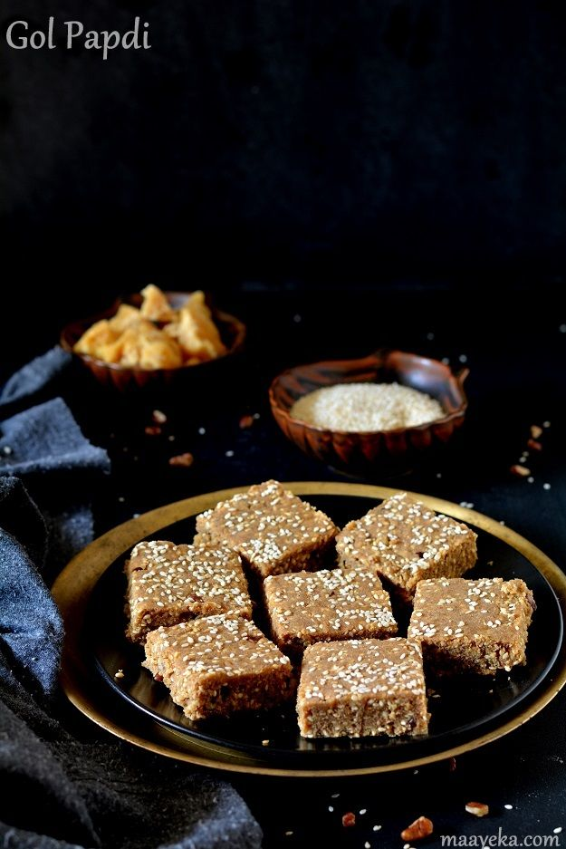 Golpapdi,Sukhdi A traditional dessert made with wheat flour,ghee and Jaggary