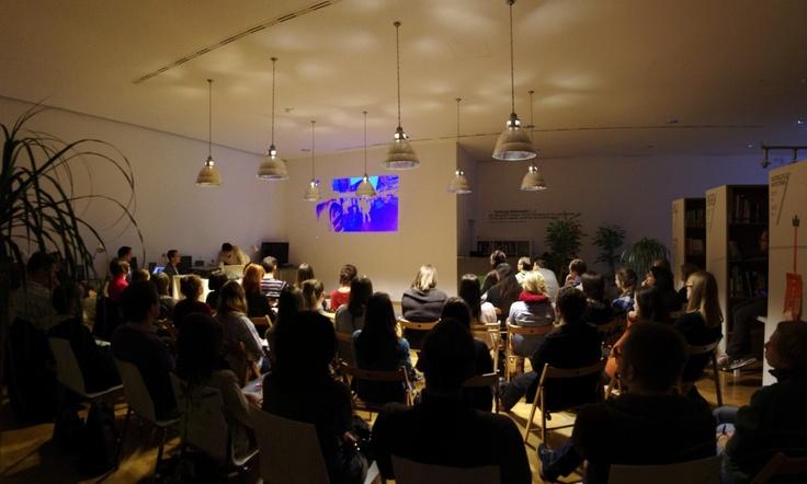 Dziękujemy za udział we wczorajszym inspirującym meetupie w Toruniu! Poniżej prezentujemy galerię zdjęć z tego wydarzenia! Niebawem kolejne spotkania – tym razem w Katowicach i Warszawie. Dokładniejsze dane na ten temat już wkrótce!