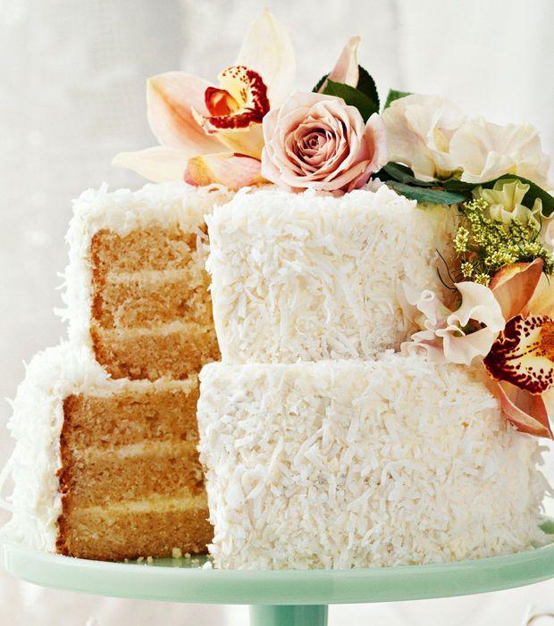 Layer Cake : un gâteau à plusieurs couches nappé de noix de coco