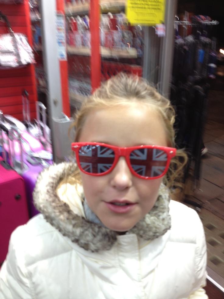 julia souvenir shopping