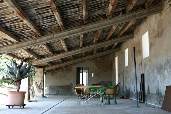 This beautiful house in the sicilian countryside can be rented for a relaxing holiday.  #rent #travel #sicilia #italy #countryside #holiday