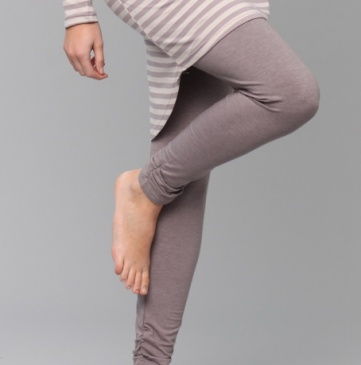 Yarn-dyed stripe scrunched leggings, found on hardtofind.