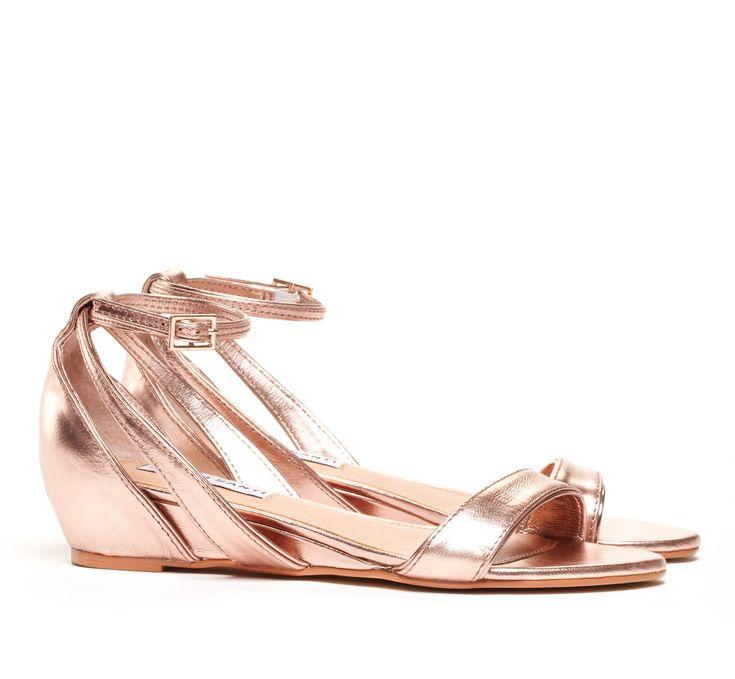 Mini Wedge Sandals - Sandra 2.0 in Rose Gold // want! #designtrend #wearabledesign