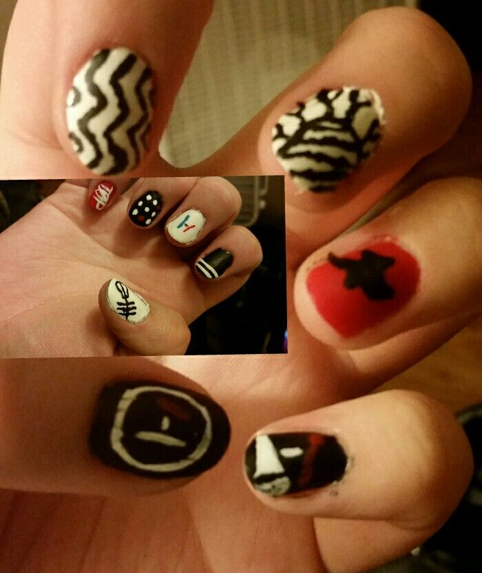 Twenty One Pilots nails at the request of @alexianna2002