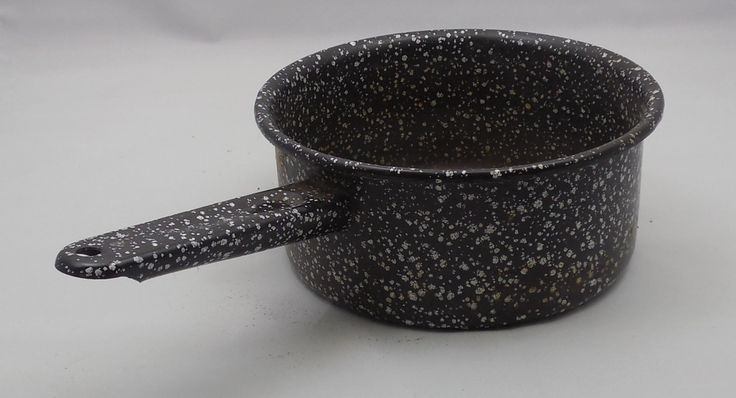 Blue Granite Saucepan , Vintage Graniteware Camp Pot, Pan with Handle, Dark Blue with Speckled White, Country Decor, Farmhouse Wall Hanging by ShellyisVintage on Etsy