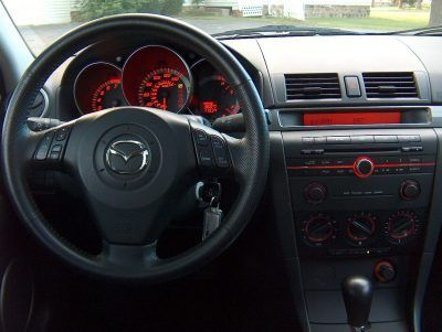 Navigatie dedicata Mazda 3 2004-2009