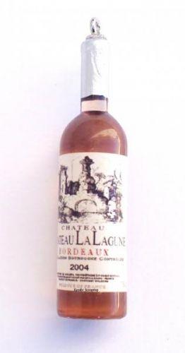RESIN VINFLASKE RES-0011- BRUN - 4 stkFlotte vinflasker i fargen gyllen brun. Etikkettene på flasken kan variere noe4 stk i hver pakke. Måler ca 5,2 lang X 1,5 CM   Kan nå forhåndsbestille i nettbutikken, dato er bare ca leveringstid. De er på lager om ca 2-4 uker: http://www.kreativscrapping.no/categories/ks-resin