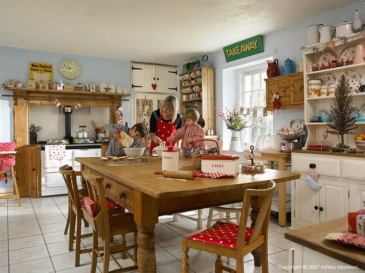 Adorable English Country Kitchen With An Aga