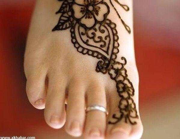 صور أقدام مثيرة مع طريقة نقش الحناء عليها Henna Hand Tattoo Hand Henna Hand Tattoos