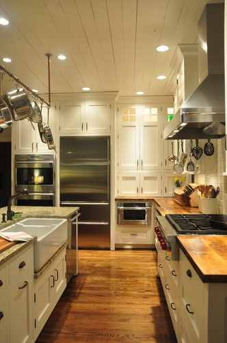Ultimate farmhouse kitchen traditional kitchen for Kitchen cabinets louisville ky