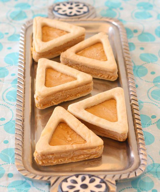 We love, love, love this idea... #Hamentashen Ice Cream Sandwiches with Fresh Apricot Ice Cream.  Delish!  #DreidelJams #Purim