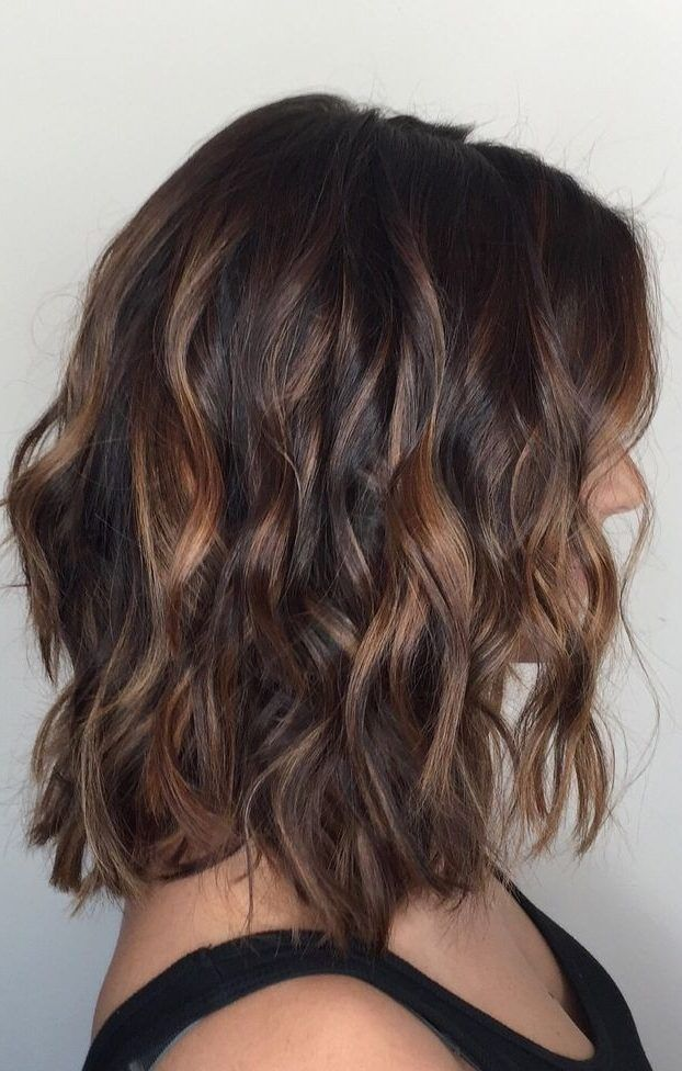 34 Stunning Examples Of Short Brown Hair Highlights Wass Sell Hair Hairstyles Shorthairstyles Brownhai Short Hair Balayage Balayage Hair Short Hair Color