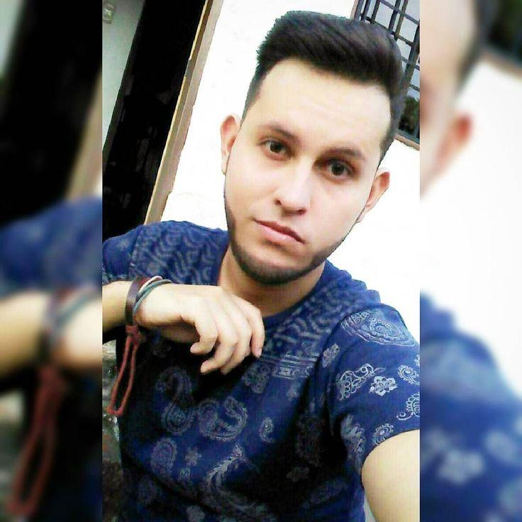Abril Mi Mes Celebrando Contigo #Me #Boy #Guys  #Selfie #Momento #Barba #Gocho #SexyBoy #LikeForLike #Like4Like #Cumple #CumpleDeXavi #Abril #2016 #Compartiendo #Palmira #Tachira #Venezuela  by xavi_lcm