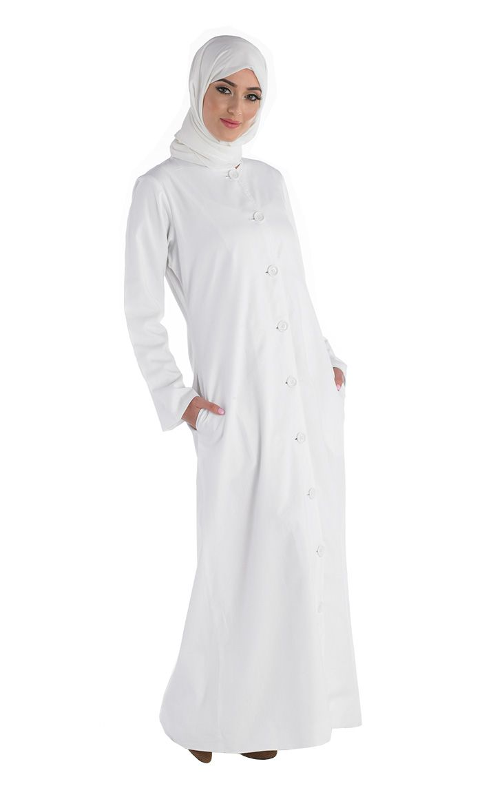 100% Soft twill Cotton Full button front. This Abaya is an ultimate in comfort and great for Hajj and Umrah.
