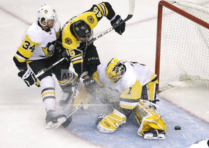BOSTON/March 1, 2018 (AP)(STL.News) —David Krejci had his fourth career hat trick, David Pastrnak had two goals and an assist, and the Boston Bruins had their highest-scoring game since 2012 on Thursday night, beating the Pittsburgh Penguins 8-4. One night after the Boston Celtics posted a s... Read More Details: https://www.stl.news/krejci-hat-trick-leads-bruins-8-4-win-over-penguins/93320/