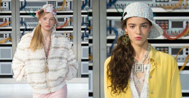 Settimana della Moda di Parigi - Primavera/Estate 2017   Chanel: ritroviamo la tendenza dell'orecchino singolo. I colori pastello delicati saranno un must anche nei gioielli.