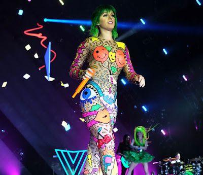 """cotibluemos: Katy Perry finalizará en Costa Rica """" Prismatic ..."""