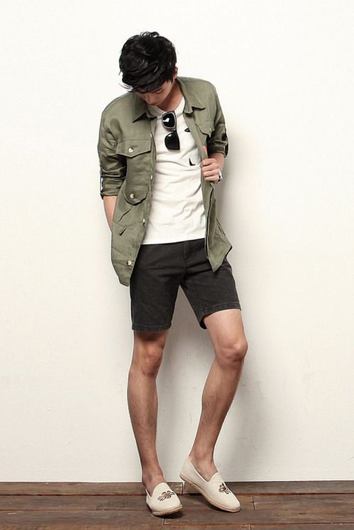 WARDROBE - SUMMER STYLE #men'ssummeroutfit #asian #men's #summer #outfit - Although most of us, as men, seem to be sloppy about clothing, in most cases we attach importance to quality and style dressing almost as much as women. I have compiled for you the life-saving clues of quality and style dressing so that we can be more successful in projecting it out. First of all I have to say that you don't have to wear expensive clothes to be stylish and stylish.  Set up your clothes 1 night in advance