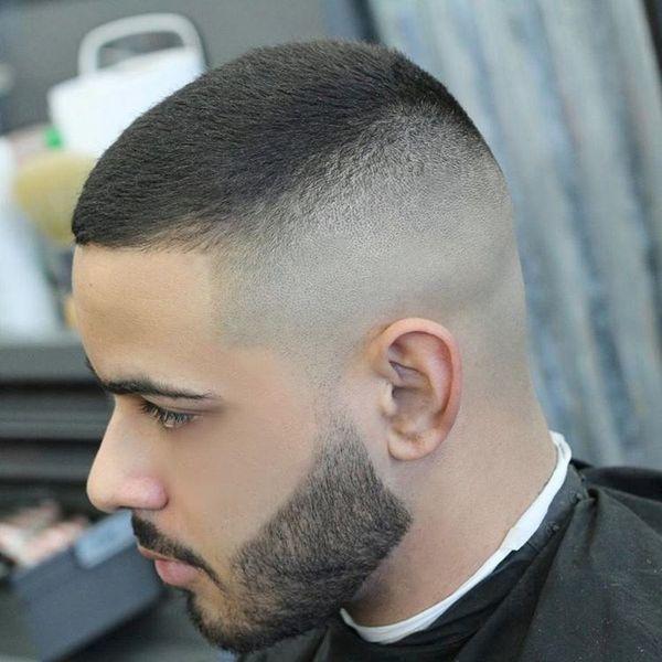 Coole Boxerschnitt Frisur Fur Manner The Hair Style Daily In 2020 Manner Haarschnitt Kurz Haarschnitt Ideen Styling Kurzes Haar