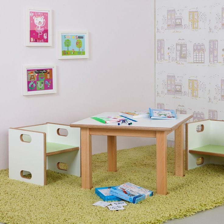 Der höhenverstellbare Kindertisch von De Breuyn ist ein flexibles Tischsystem.