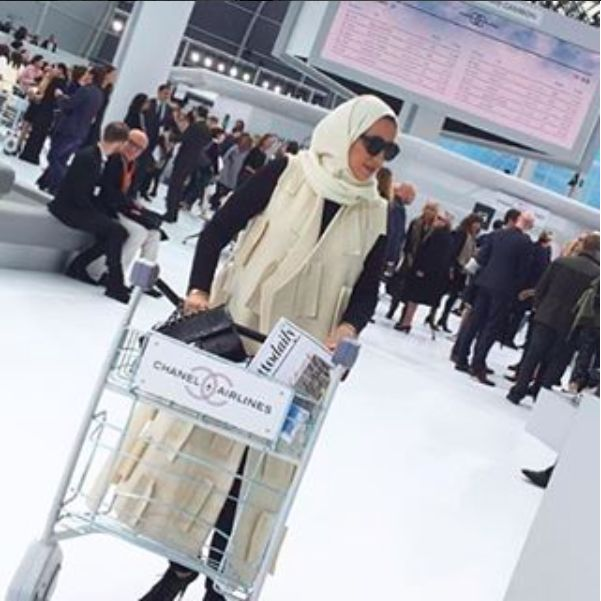 #Beautiful @halgergawi #wearing #materieltbilisi vest by #materiel by #ladobokuchava at #Chanel #ss2016 #show #wearing #Georgian #brand #materiel #paris #fashionweek ・・・ Boarding on #ChanelAirlines ✈️