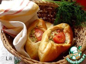Рецепт: Открытые пирожки с картофелем и сардельками