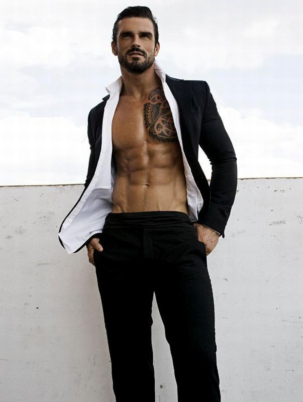 Stuart Reardon. And in this case, rugby does a body good! Make me think of Barron's