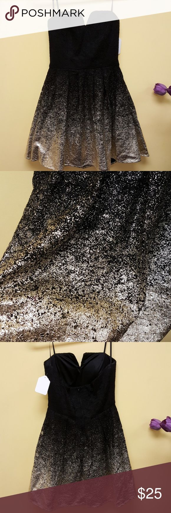 B smart strapless black ombre to gold foil dress NWT stunning size 9 dress. The gold is soft and so vibrant, pics do. Ot do this dress justice! B. Smart Dresses Strapless