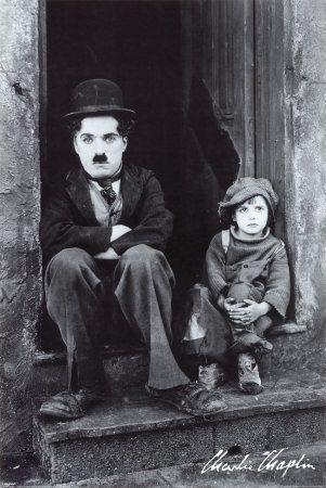 Charlie Chaplin... Descubra 25 Filmes que Mudaram a História do Cinema no E-Book Gratuito em http://mundodecinema.com/melhores-filmes-cinema/