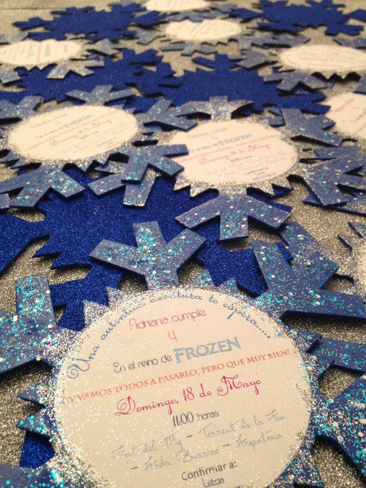Divertida invitación para una celebración de cumpleaños inspirada en la película de Disney Frozen. #Frozen #invitaciones