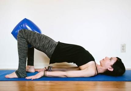 Get instant relief for your upper and lower back pain with the best all natural remedy: yoga! These easy and beginner-friendly poses will help you stretch out that severe or chronic pain with proven results.