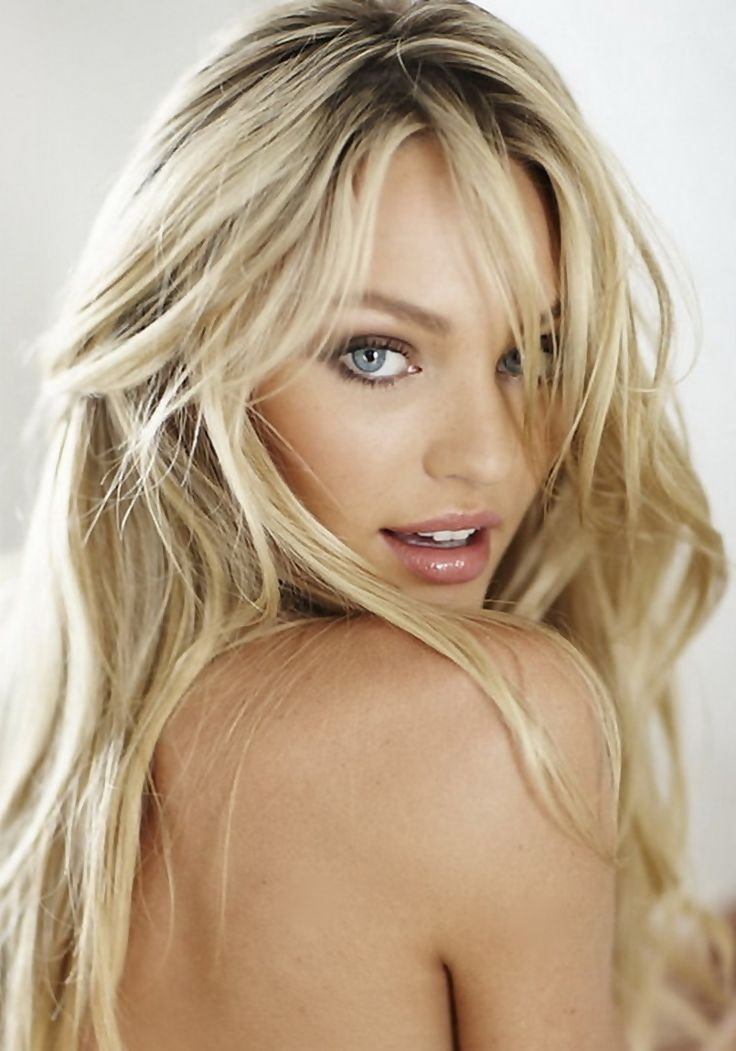 I'm  a  frog  !  Candice Swanepoel  is  so  beautiful  !  She's pretty enough to be a princess ! If she kissed me, I'd turn into a prince !