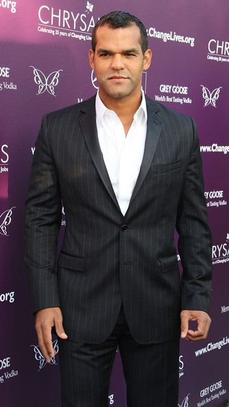 Amaury Nolasco Photos Photos - Actor Amaury Nolasco attends the eighth annual Chrysalis Butterfly Ball at the estate of Susan Harris and Hayward Kaiser on June 6, 2009 in Los Angeles, California.  (Photo by Frederick M. Brown/Getty Images) * Local Caption * Amaury Nolasco - 8th Annual Chrysalis Butterfly Ball - Arrivals