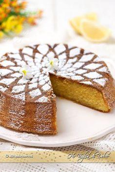 Caprese al limone, ricetta di Sal de riso buonissima. Torta facile, veloce, ideale per cene, compleanni e feste. Un dolce che piace sempre a tutti