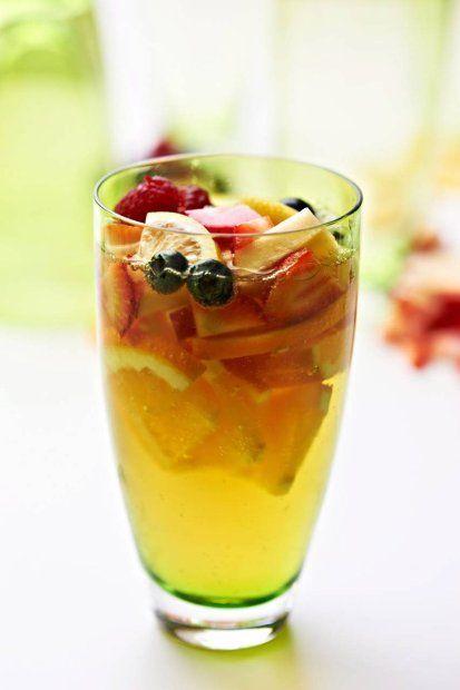 Drinki z alkoholem i bez - na przyjęcie pod chmurką