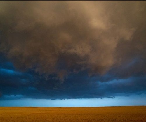 Exteme Weather Photography by Jim Reed