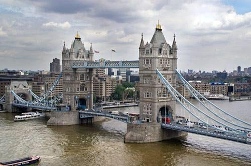 """Mayor of London proposes London fleets adopt low emission vehicles"" #WWAC #News - http://bit.ly/1ui2VBT"