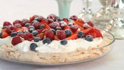 Desserthit: Tre lækre desserter med marcipan. (Bla. pavlova) fra tv2 fri.