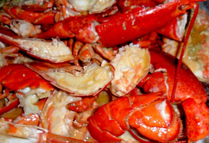 Un piatto imperdibile per le grandi occasioni. Tutto il sapore del mare esaltato dal gusto della vernaccia di Oristano.