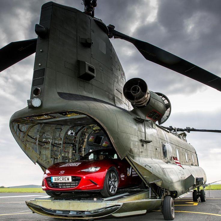 """324 aprecieri, 4 comentarii - Mazda España (@mazdaespana) pe Instagram: """"Ya es puente... ¡sube a tu #Mazda #MX5 y sal volando! #Miata #roadster #helicopter"""""""