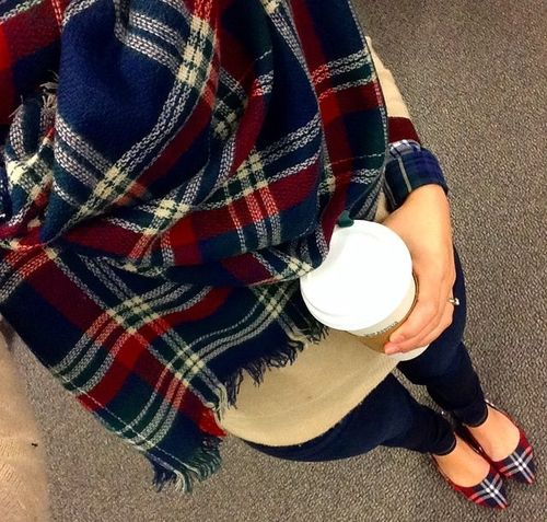 Preppy fashion. Click to get student discounts on Fall fashion <3