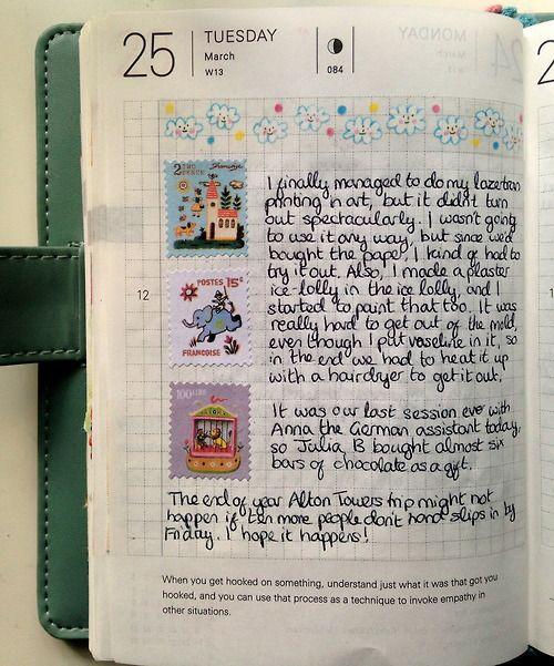Adoro essa página! Agenda com página quadriculada e tinta de caneta preta. :)