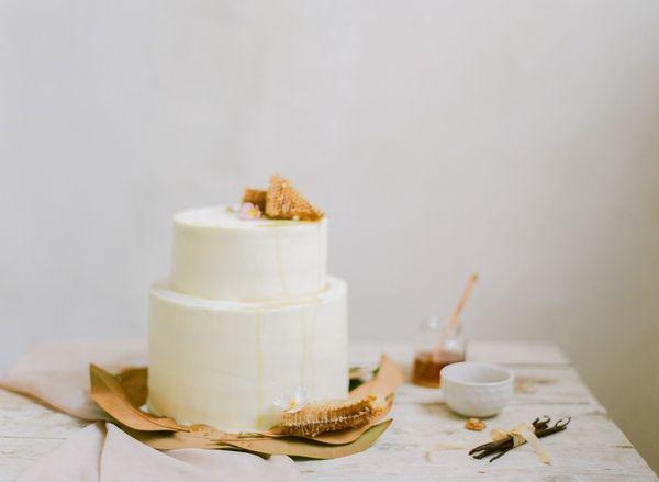 bridal-inspiration-wedding-cake