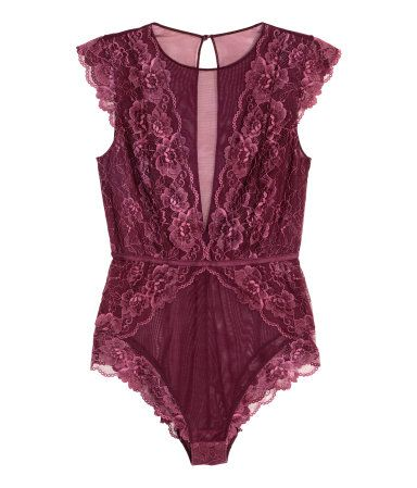 Bodysuit in lace and mesh with cap sleeves. Visible elastication at waist, opening at back with a covered button at back of neck, and a lined gusset with snap fastener. | H&M Lingerie