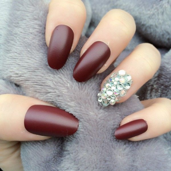27 Oval Nails Designs And Ideas In Trend Now 2020 Oval Nails Berry Nails Acrylic Nail Shapes