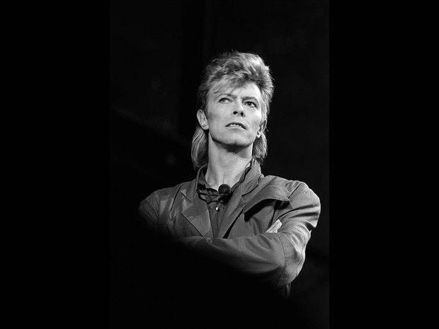 Davd Bowie durante show em julho de 1987 em La Corneuve, na França (Foto: Bertrand Guay/AFP)